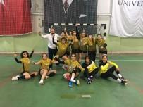 DICLE ÜNIVERSITESI - DÜ Bayan Hentbol Takımı Başarıya Doymuyor
