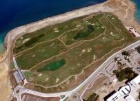 GOLF TURNUVASI - Dünyanın Denize Dolgu İlk Golf Sahası Artık 18 Çukur