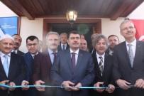 SAVAŞ ÜNLÜ - Hacı Hüsrev Camii İbadete Açıldı
