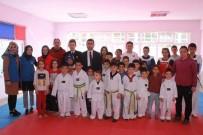 MURAT GIRGIN - Kaymakam Girgin'den Başarılı Taekwondoculara Destek