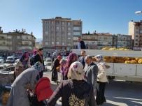 Niğde Belediyesi İhtiyaç Sahibi Ailelere Patates Dağıttı