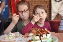 FATIH DEMIR - Uşak'ın Ödüllü Aşçıları Diyabetli Çocuklar İçin Doğal Pasta Yaptı