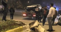 Ağrı'da Otomobil Refüje Çıktı Açıklaması 1 Yaralı