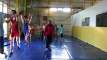 KANSERLE MÜCADELE - Amansız Hastalık Dünya Şampiyonunu 'Tuş' Edemedi