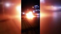 ŞIRINEVLER - Bakırköy'de Seyir Halindeki Takside Yangın