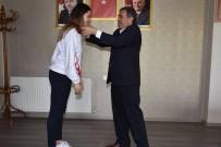 TÜRKİYE BİRİNCİSİ - Başkan Avcu Şampiyon Sporcuya Ödül Verdi