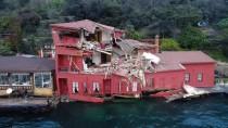 Geminin Tarihi Yalıya Çarptığı Anda Restoranda Yaşanan Panik Anları Kamerada