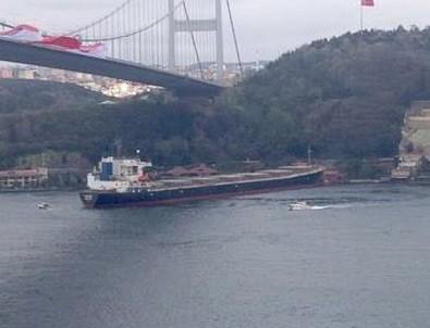İstanbul Boğazı'nda panik anları...