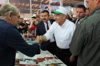 Kılıçdaroğlu Amasya'da Kitap Fuarını Dolaştı