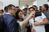 Kılıçdaroğlu Merzifon'da Kitap Fuarını Dolaştı