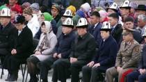 ALMAZBEK ATAMBAYEV - Kırgızistan'da 'Halk Devriminin Kurbanları' Dualarla Anıldı