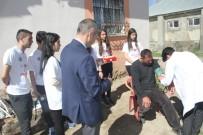 Malazgirt'te Meslek Lisesi Öğrencileri Yaşlı Ve Hasta Aileler İle Buluştu