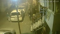 HIRSIZLIK ÇETESİ - Balkondan girdikleri evin kapısından çıktılar!