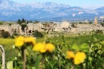 HELENISTIK - 5 Bin Yıllık Tarihi Kent Yeşil Çevresiyle Ziyaretçileri Büyülüyor