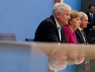 Almanya'da koalisyonun ilk kavgası: Mültecilerde aile birleşimi!