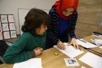 PERSPEKTIF - Güzel Sanatlara Serdivan Çocuk Akademisi'nde Hazırlanıyorlar