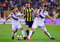MEHMET GÜVEN - Kadıköy'de İlk Yarı Gol Yok