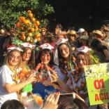 TASARIM YARIŞMASI - Portakal Çiçeği Karnavalı'nda '01 Acil' Kostümüne Yoğun İlgi