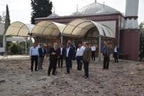 CAMİ BAHÇESİ - Yunusemre'den Yağcılar'da Hummalı Çalışma