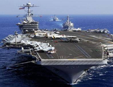 ABD gemisi Suriye'ye hareketlendi Jetler havalandı