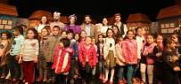 Aksaray Belediyesi Çocuklara Tiyatro Gösterisi Düzenledi