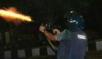 YAŞ SINIRI - Bangladeş'te Öğrenci Eylemine Polis Müdahalesi Açıklaması 1 Ölü