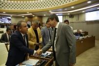 BAHATTIN BAYRAKTAR - Büyükşehir Meclisinde Konyaaltı Sahili'nin İhalesi Tartışıldı