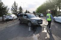 Diyarbakır'da Zincirleme Trafik Kazası Açıklaması 1'İ Ağır 7 Yaralı