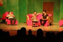 ŞEHİR TİYATROSU - Erdemli Belediyesi Tiyatro Ekibi, İlçe Turnesine Çıktı