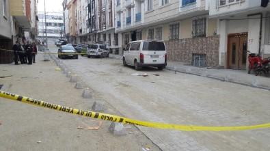 Esenyurt'ta sokak ortasında dehşet