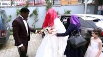 GANA CUMHURİYETİ - Ganalı Damat Ve Arkadaşlarından 'İstiklal Marşı' Sürprizi