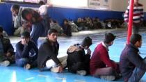 NEPAL - Muğla'da 145 Yabancı Uyruklu Yakalandı