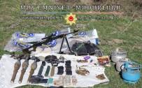 SUİKAST SİLAHI - Muş'ta Terör Örgütüne Darbe
