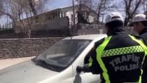 BEĞENDIK - Polisten Sürücülere 'Çikolatalı' Uyarı