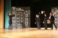 KAZıM KURT - Tiyatro Atölyeleri Çocuklarının Dönem Sonu Gösterisi