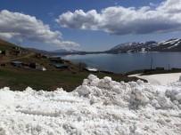 KIŞ MEVSİMİ - Türkiye'nin En Yüksek Rakımlı Gölüne Ulaşım Sağlandı
