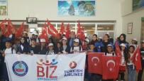 FERİT MELEN - Vanlı 165 Öğrenci İzmir'e Uğurlandı