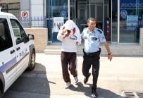 CIKCILLI - Balkondan Çocuğuna Bakan Annenin Şikayeti Polisi Alarma Geçirdi