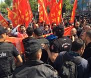 ÇEVİK KUVVET POLİSİ - Beşiktaş'ta Polis, Gruba İkinci Kez Müdahale Etti