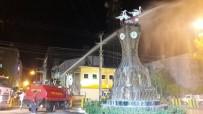 Bismil'de Temizlik Ekipleri Gece Gündüz Çalışıyor