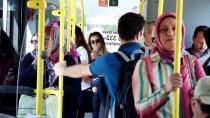 BELEDIYE OTOBÜSÜ - Kırmızı Işık Bu Otobüsü Görünce Yeşile Dönüyor