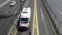 ÇOCUK İŞÇİ - Metrobüsün Çarptığı Suriyeli Çocuk Hayatını Kaybetti