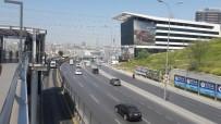 ÇOCUK İŞÇİ - Metrobüsün çarptığı Suriyeli çocuk işçi hayatını kaybetti