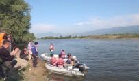 SAKARYA NEHRI - Sakarya Nehri'ne Düşen Şahsın Cesedi Bulundu