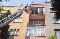 Soma'da Ev Yangını Açıklaması 4 Yaralı