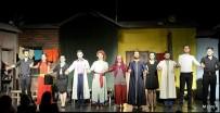 BERFIN - Sui Generis Tiyatro Grubu 'Şenlik Çıkmazı' İle Ayvalık'ta