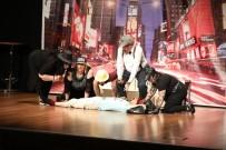 TÜRK TİYATROSU - Türk Dünyası Tiyatro Günleri Sona Erdi