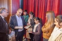 ÇALıK HOLDING - Ahlat Kaymakamlığından Öğrencilere Kitap Desteği