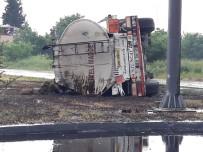 YAKIT TANKERİ - Devrilen Yakıt Tankerinin Sürücüsü Yaralandı