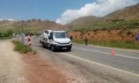 Hasankeyf'te Otomobil Takla Attı Açıklaması 1'İ Ağır 4 Yaralı